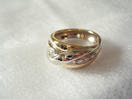 メレリオ・ディ・メレーの指輪を中古で買いました