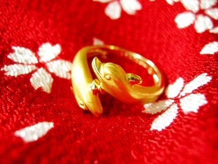 カレライカレラの指輪、中古ブランドリング情報もあり。