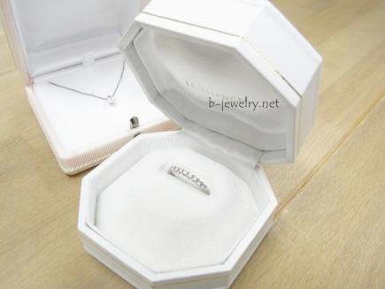高級レザーの婚約指輪用リングケース・口コミ