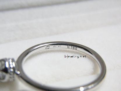 カデンシア+ブライダルのダイヤモンド婚約指輪の刻印の口コミレビュー